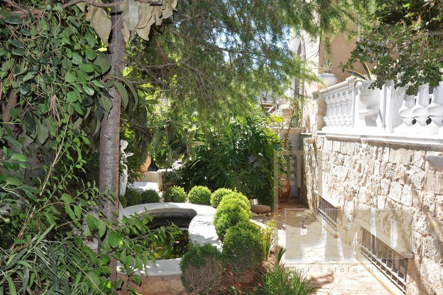 Furnished duplex apartment for rent in Kavouri.